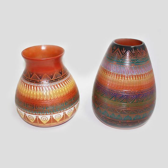 Picture of NAVAJO ETCHED POTTERY 120